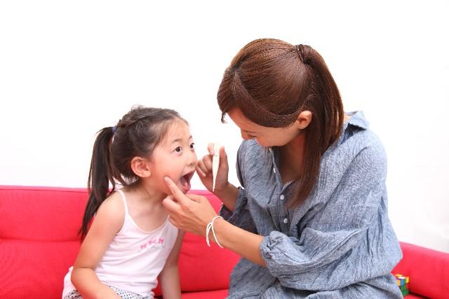 子供の歯磨きのコツ。仕上げの磨き方