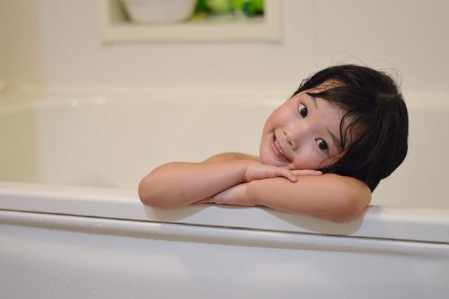 お風呂でのコミュニケーションが言葉の発達に有効!